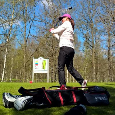 Maxa din förbränning på golfbanan